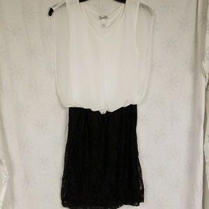 Beautiful Black and White mini dress